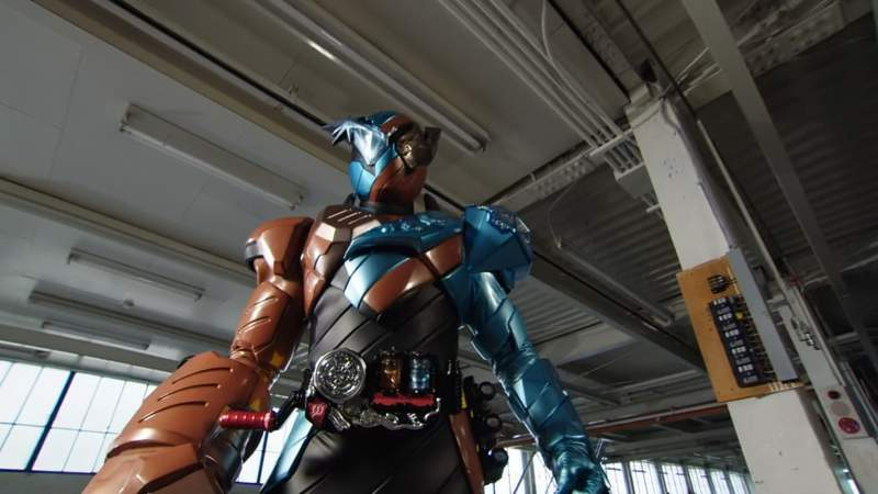 Kamen Rider Build Episode 2: Misteri Full Bottle dan Percobaan Smash