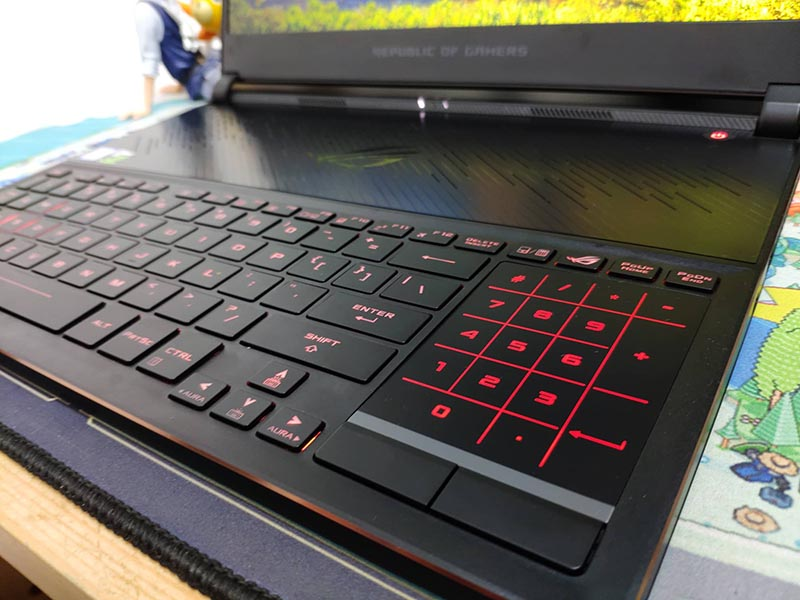 Cakep! Ini Hands On Laptop Gaming ASUS ROG Zephyrus S GX531G!